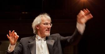 Matthias Maute conducting